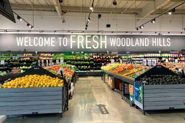 """Amazon  Fresh""オフライン店舗一号店オープン"